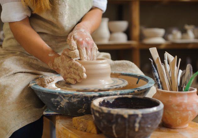 Beginner's Wheel Workshop (Throwing) – November - The Quarry Arts Centre